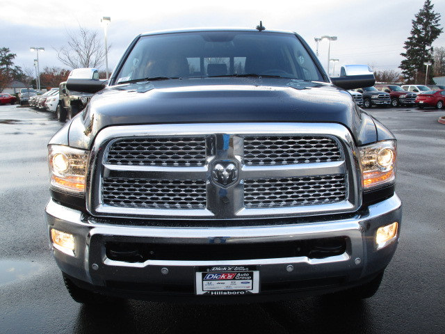 2018 Ram 3500 Mega Cab 4x4 Pickup #087077 - photo 4