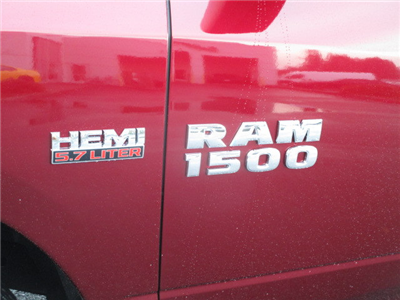 2018 Ram 1500 Quad Cab 4x4, Pickup #087083 - photo 10