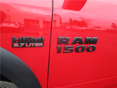 2018 Ram 1500 Crew Cab 4x4, Pickup #087121 - photo 9