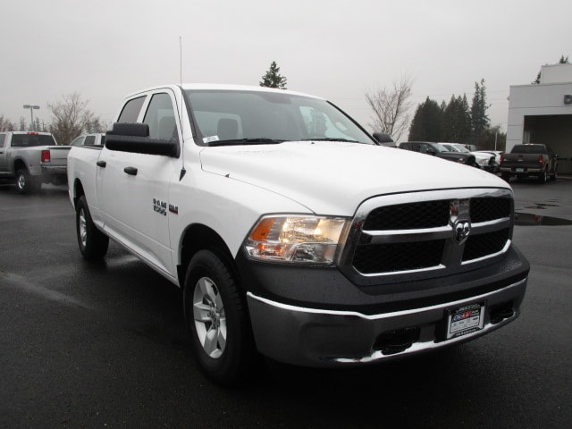 2018 Ram 1500 Crew Cab 4x4 Pickup #087131 - photo 6