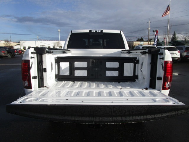 2018 Ram 3500 Crew Cab 4x4, Pickup #087151 - photo 14