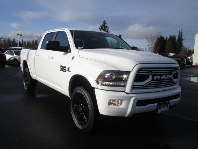 2018 Ram 3500 Crew Cab 4x4, Pickup #087151 - photo 2