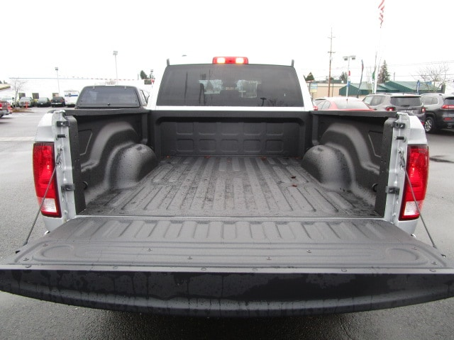 2018 Ram 1500 Quad Cab 4x4, Pickup #087153 - photo 10
