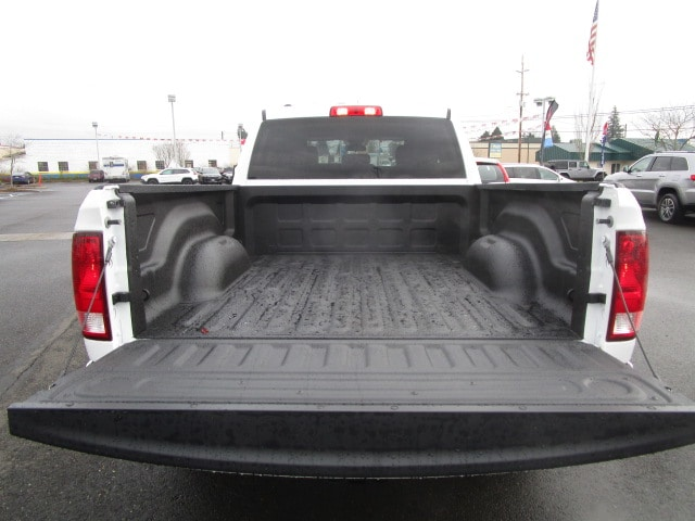 2018 Ram 1500 Quad Cab 4x4, Pickup #087182 - photo 11
