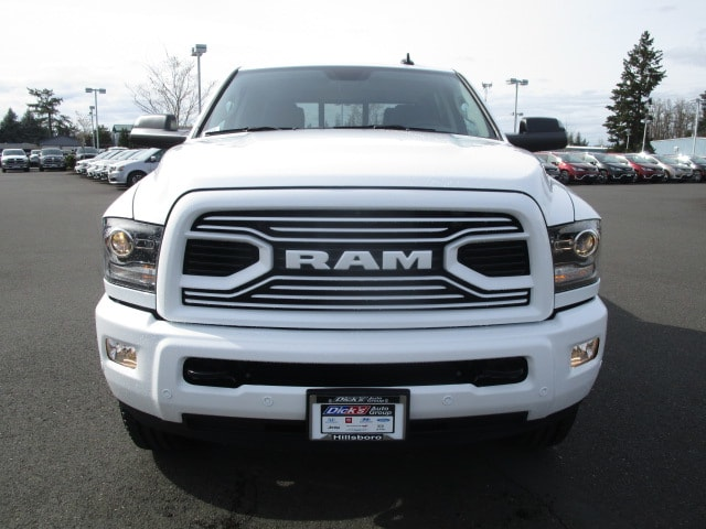 2018 Ram 3500 Crew Cab 4x4, Pickup #087247 - photo 9