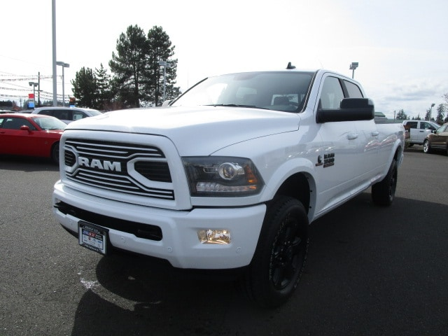 2018 Ram 3500 Crew Cab 4x4, Pickup #087247 - photo 10