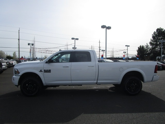 2018 Ram 3500 Crew Cab 4x4, Pickup #087247 - photo 11