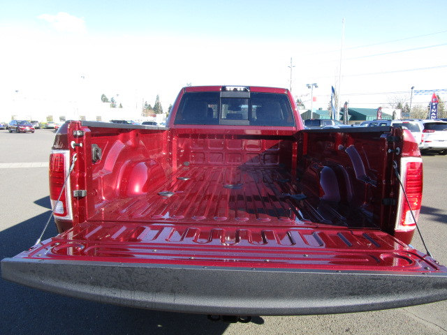 2018 Ram 3500 Crew Cab 4x4, Pickup #087252 - photo 7