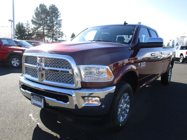 2018 Ram 3500 Crew Cab 4x4, Pickup #087252 - photo 5