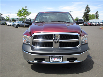 2018 Ram 1500 Crew Cab 4x4,  Pickup #087268 - photo 4