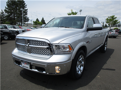 2018 Ram 1500 Crew Cab 4x4,  Pickup #087270 - photo 5
