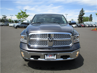 2018 Ram 1500 Crew Cab 4x4,  Pickup #087287 - photo 4