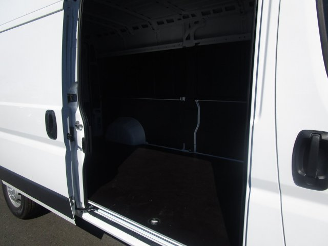 2018 ProMaster 2500 High Roof FWD,  Empty Cargo Van #087350 - photo 9