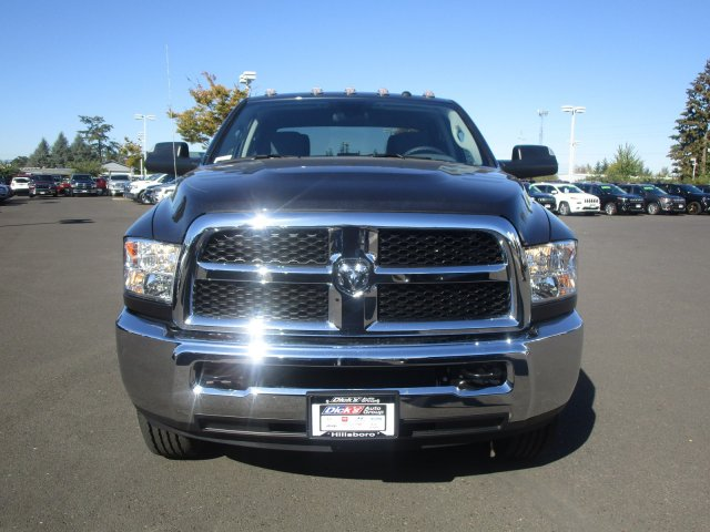 2018 Ram 3500 Crew Cab 4x4,  Pickup #087470 - photo 3