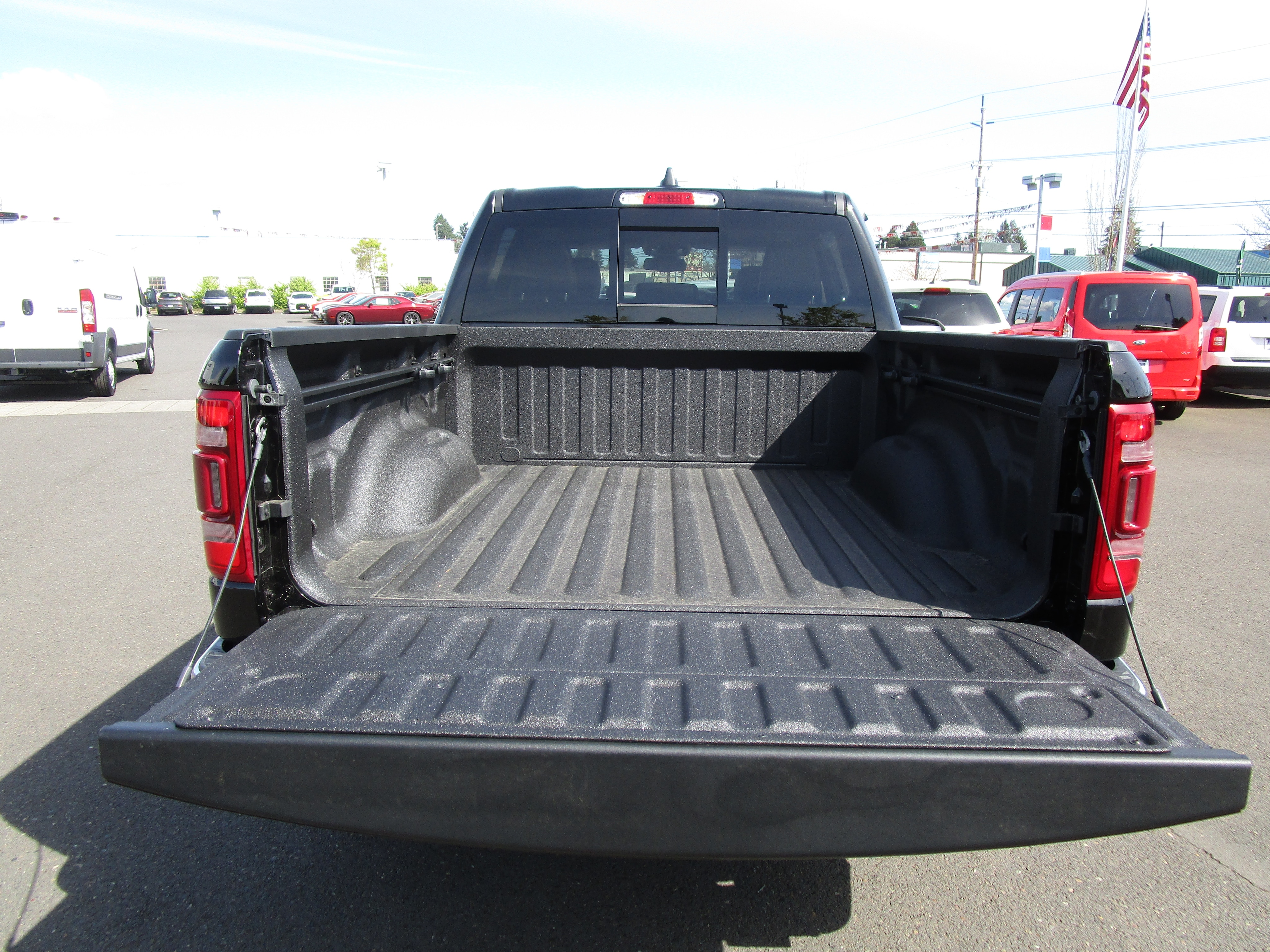 2019 Ram 1500 Crew Cab 4x4,  Pickup #097002 - photo 7
