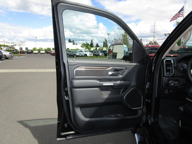 2019 Ram 1500 Crew Cab 4x4,  Pickup #097006 - photo 19