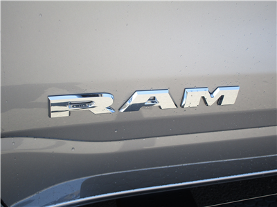 2019 Ram 1500 Crew Cab 4x4,  Pickup #097007 - photo 10