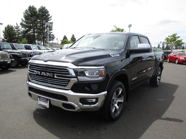 2019 Ram 1500 Crew Cab 4x4,  Pickup #097012 - photo 4