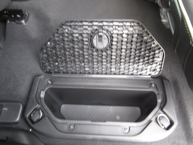 2019 Ram 1500 Crew Cab 4x4,  Pickup #097012 - photo 16