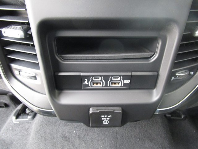 2019 Ram 1500 Crew Cab 4x4,  Pickup #097012 - photo 17