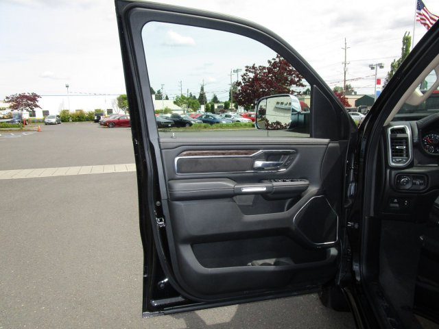 2019 Ram 1500 Crew Cab 4x4,  Pickup #097012 - photo 18