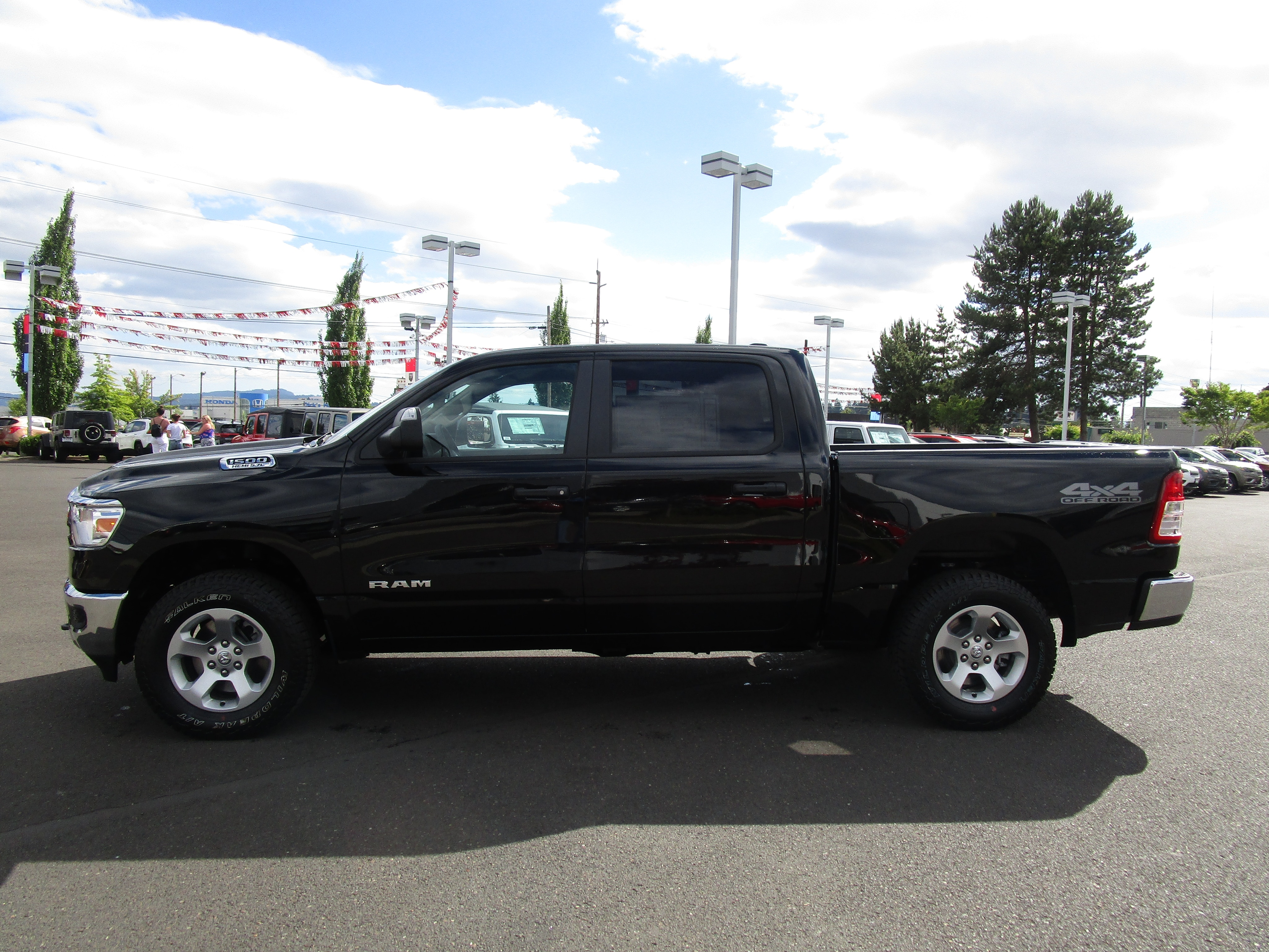2019 Ram 1500 Crew Cab 4x4,  Pickup #097025 - photo 6