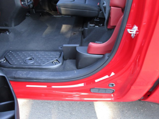 2019 Ram 1500 Crew Cab 4x4,  Pickup #097047 - photo 13