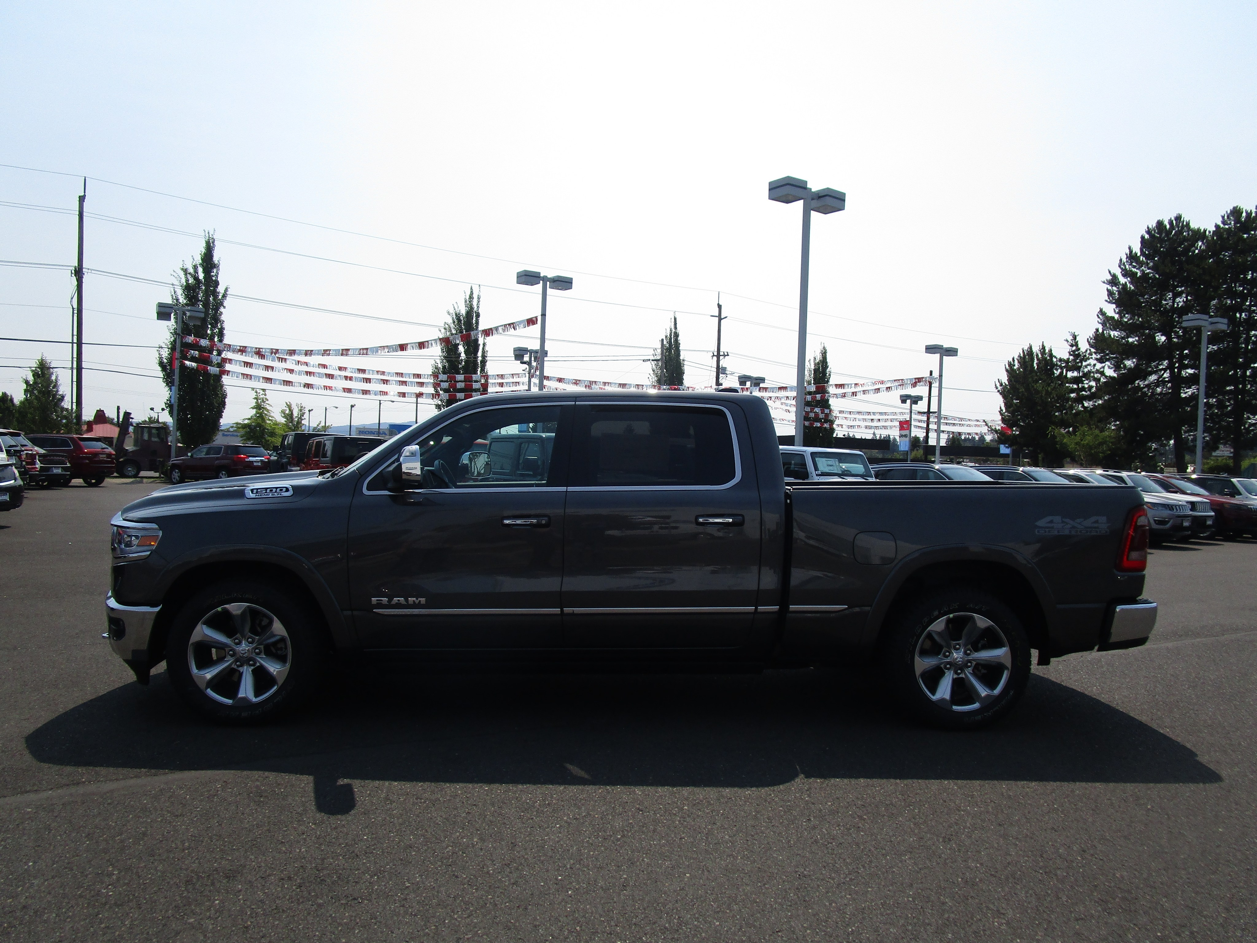 2019 Ram 1500 Crew Cab 4x4,  Pickup #097054 - photo 6