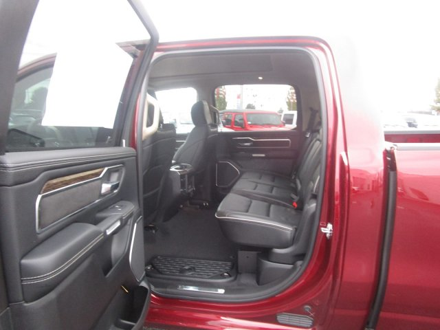 2019 Ram 1500 Crew Cab 4x4,  Pickup #097114 - photo 7