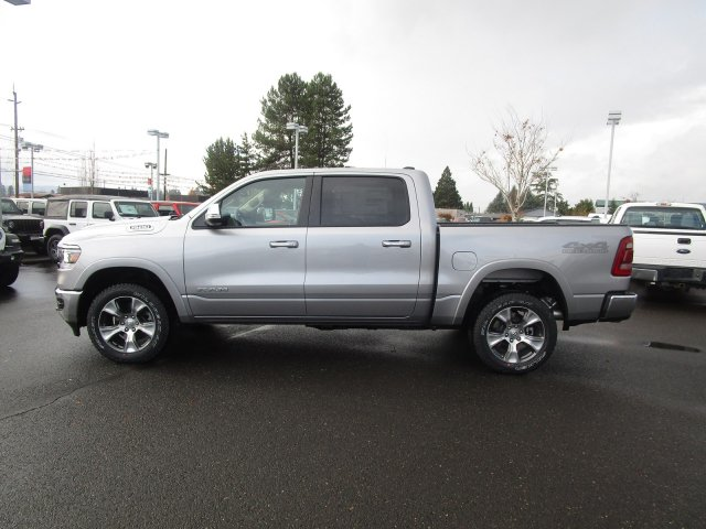 2019 Ram 1500 Crew Cab 4x4,  Pickup #097133 - photo 4