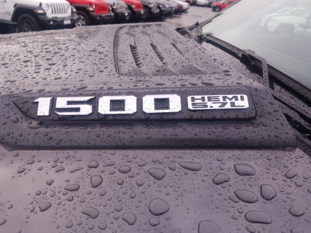2019 Ram 1500 Quad Cab 4x4,  Pickup #097156 - photo 11