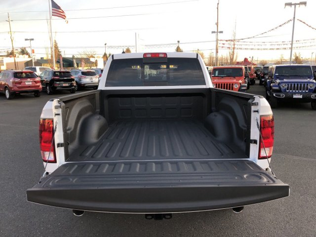 2019 Ram 1500 Crew Cab 4x4,  Pickup #097158 - photo 6