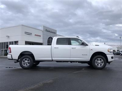 2019 Ram 3500 Crew Cab 4x4, Pickup #097187 - photo 3
