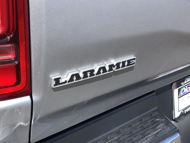 2019 Ram 1500 Crew Cab 4x4,  Pickup #097217 - photo 9