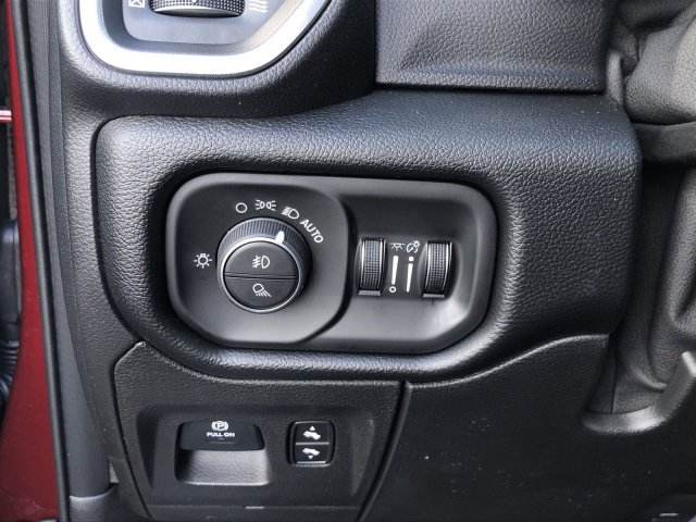 2019 Ram 1500 Crew Cab 4x4,  Pickup #097238 - photo 26