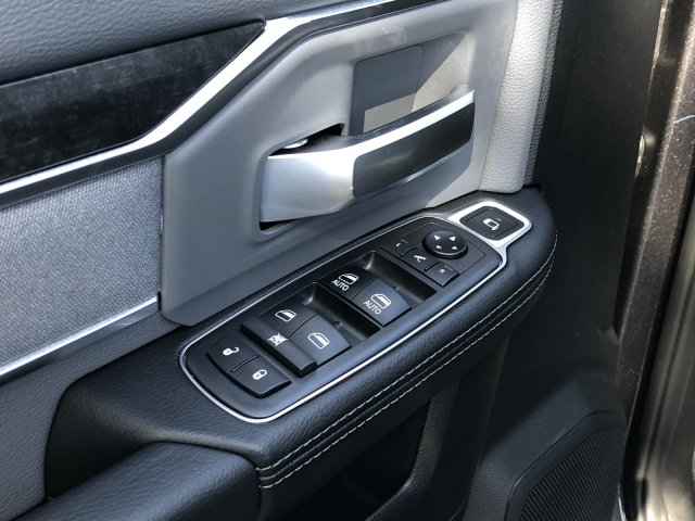 2019 Ram 3500 Crew Cab 4x4,  Pickup #097259 - photo 33
