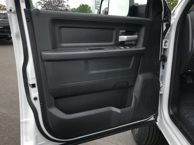 2019 Ram 2500 Crew Cab 4x4,  Pickup #097270 - photo 1