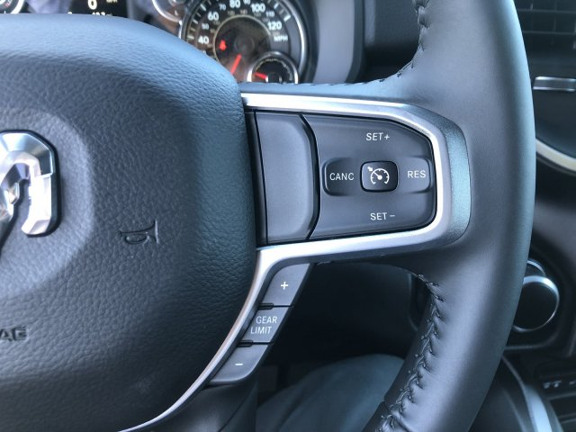 2019 Ram 1500 Crew Cab 4x4, Pickup #097310 - photo 15
