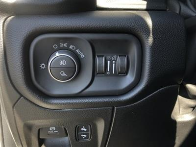 2019 Ram 1500 Crew Cab 4x4, Pickup #097310 - photo 25