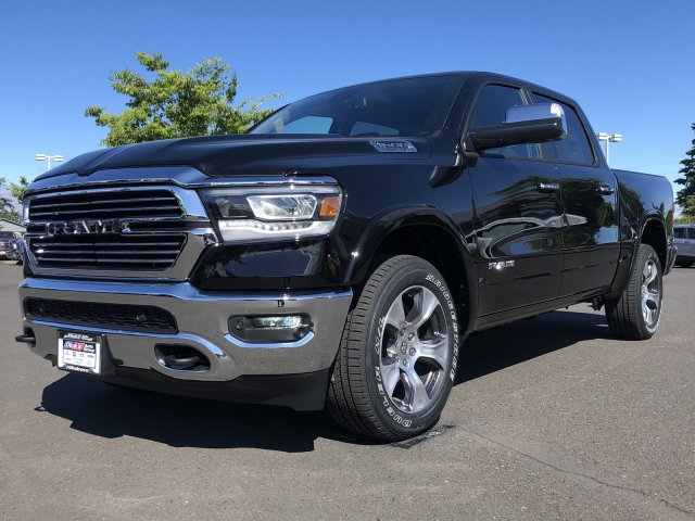 2019 Ram 1500 Crew Cab 4x4,  Pickup #097315 - photo 5