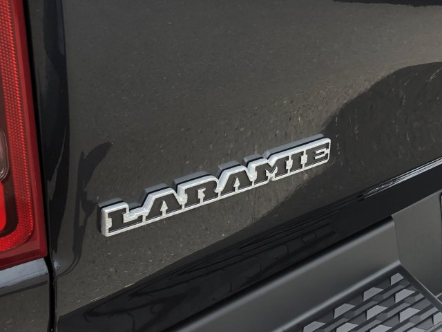 2019 Ram 1500 Crew Cab 4x4,  Pickup #097320 - photo 10