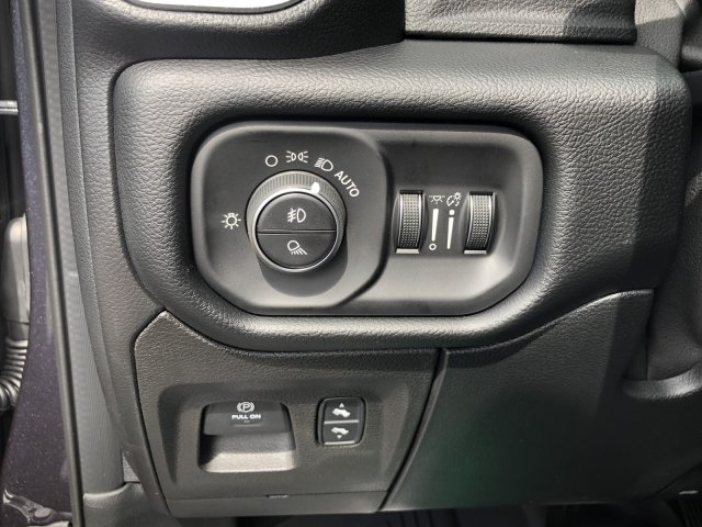2019 Ram 1500 Crew Cab 4x4,  Pickup #097320 - photo 29