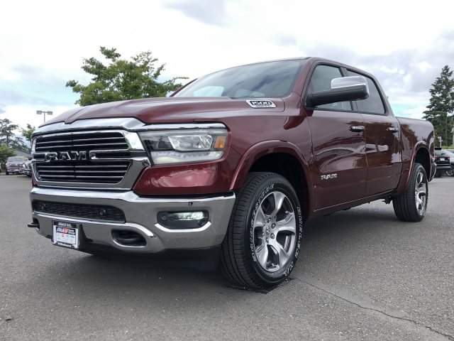 2019 Ram 1500 Crew Cab 4x4,  Pickup #097336 - photo 5