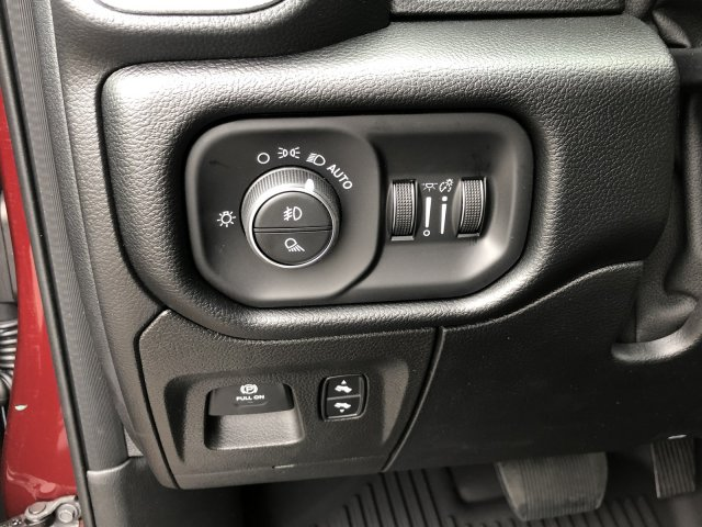 2019 Ram 1500 Crew Cab 4x4,  Pickup #097336 - photo 27