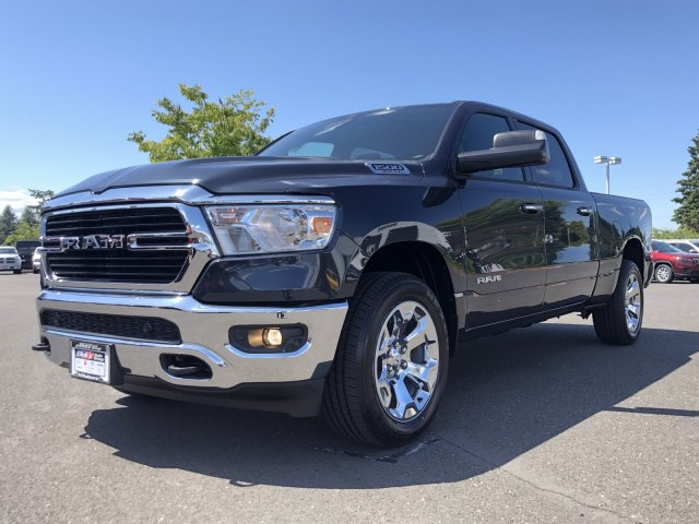 2019 Ram 1500 Crew Cab 4x4, Pickup #097379 - photo 5