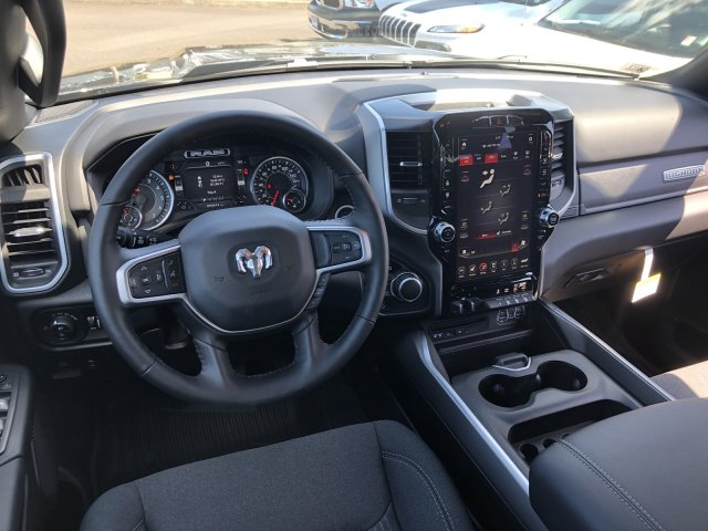 2019 Ram 1500 Crew Cab 4x4, Pickup #097379 - photo 14
