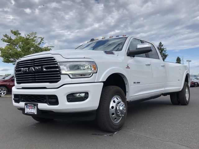 2019 Ram 3500 Crew Cab DRW 4x4, Pickup #097413 - photo 5