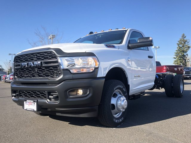 2019 Ram 3500 Regular Cab DRW 4x4, Cab Chassis #097482 - photo 5
