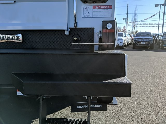 2019 Ram 5500 Regular Cab DRW 4x4, Knapheide KMT Mechanics Body #097490 - photo 10