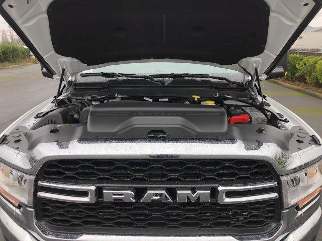 2019 Ram 3500 Crew Cab DRW 4x4, Harbor TradeMaster Service Body #097539 - photo 33